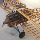 altes Flugzeug, unbeplankt