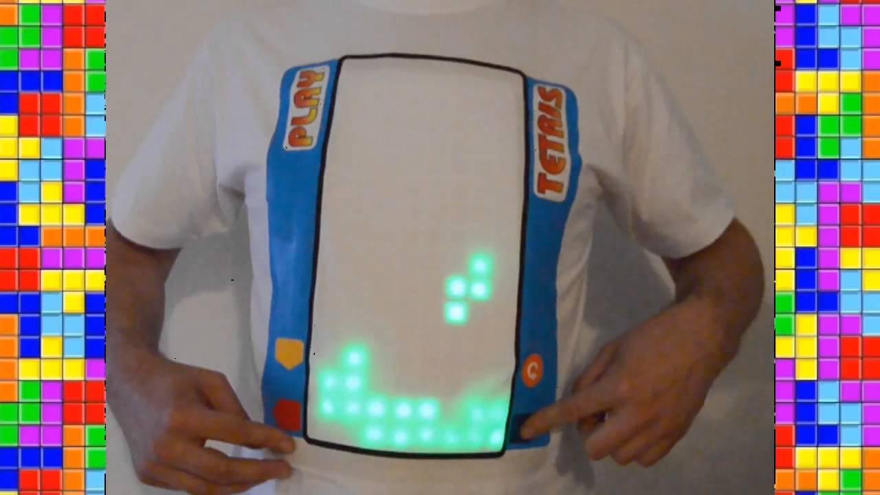 Spiele TETRIS auf dem T‑Shirt