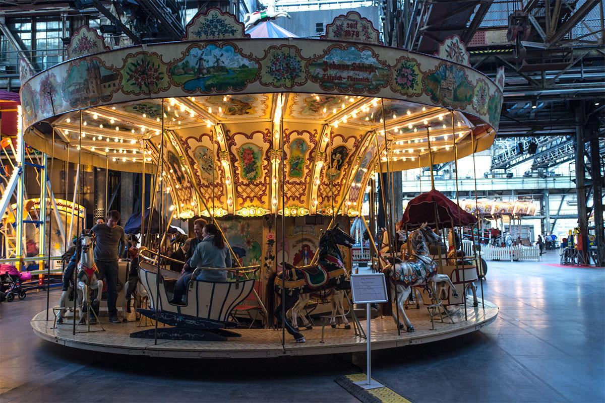 Galerie: Historischer Jahrmarkt in der Jahrhunderthalle Bochum