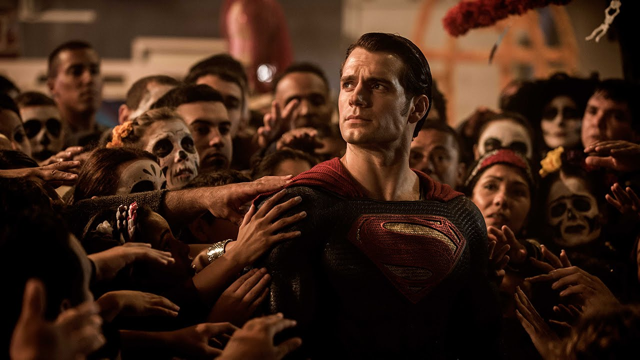 SDCC15: Trailer –  BATMAN V SUPERMAN