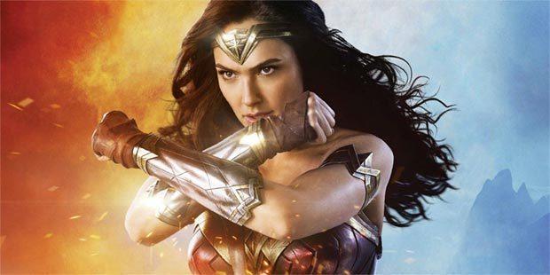 WONDER WOMAN der erste Superheldenfilm mit einer weiblichen Hauptrolle?