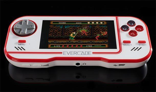Kurzbesprechung: Evercade Retro Handheld